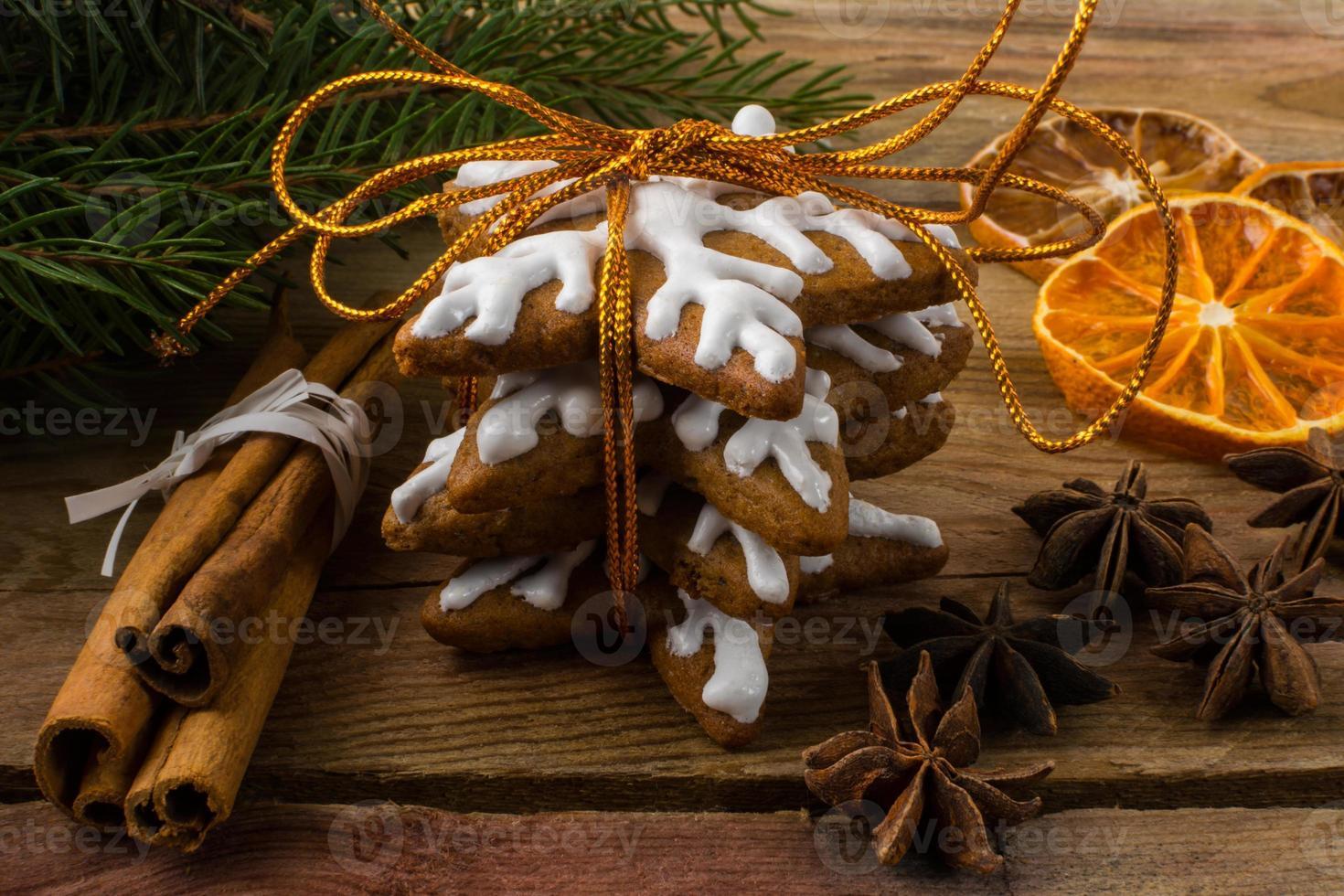 glaseado de regalo de pan de jengibre foto