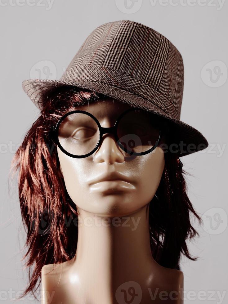 mannequin head photo