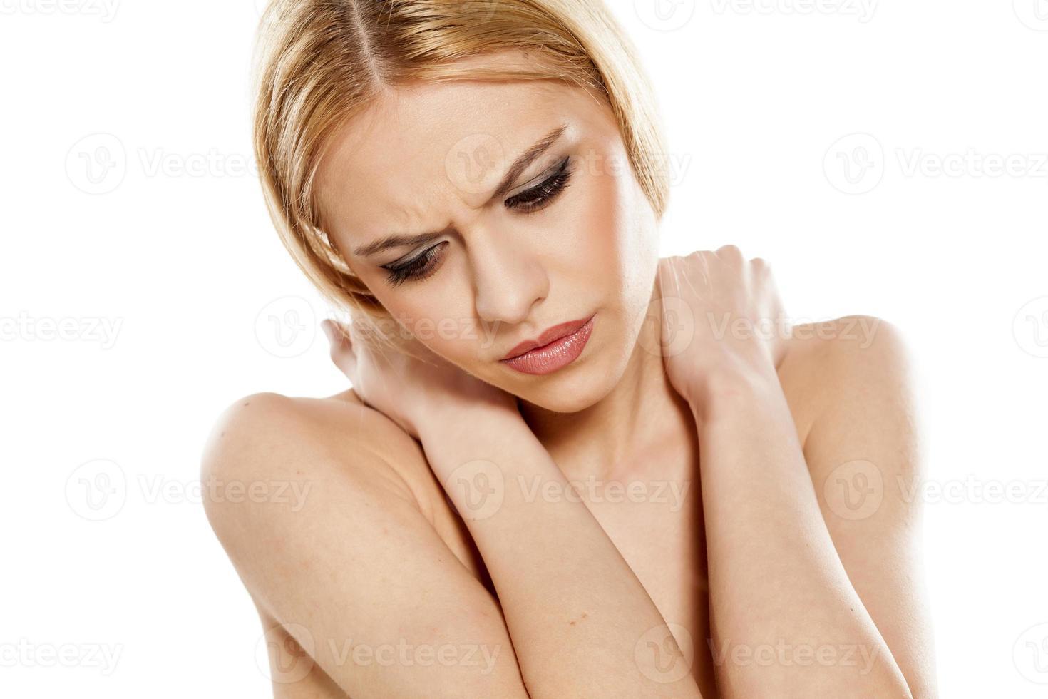 painful neck photo