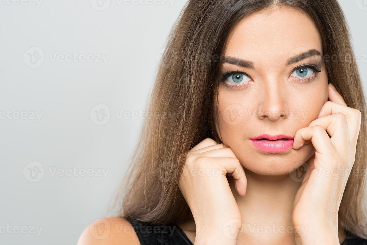mujer atractiva foto