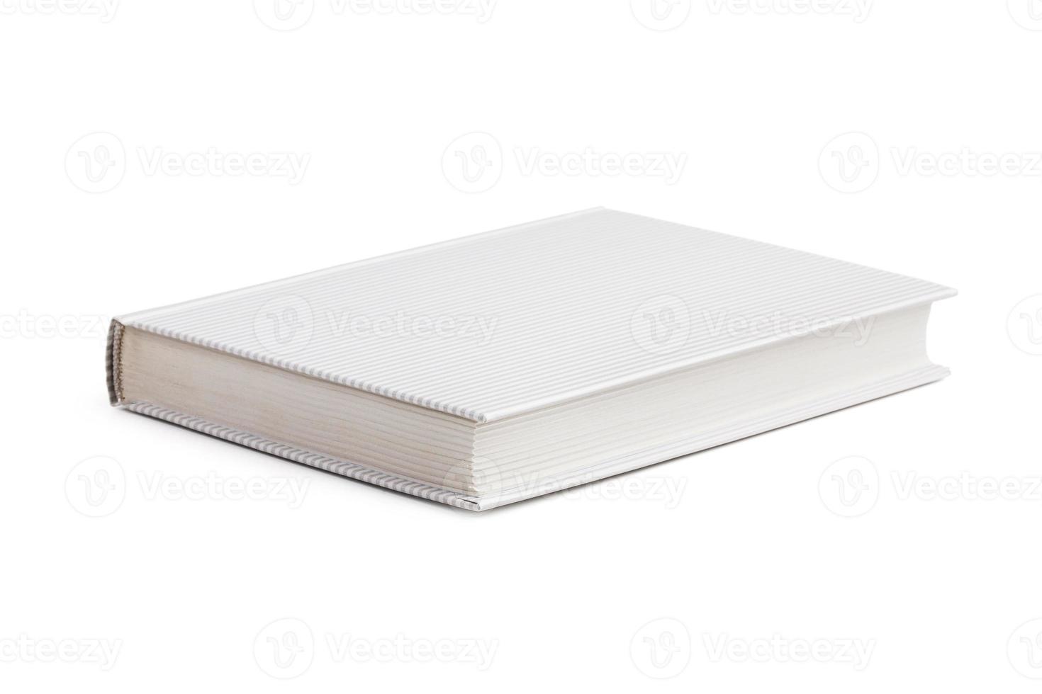 libro cerrado en una cubierta rayada foto
