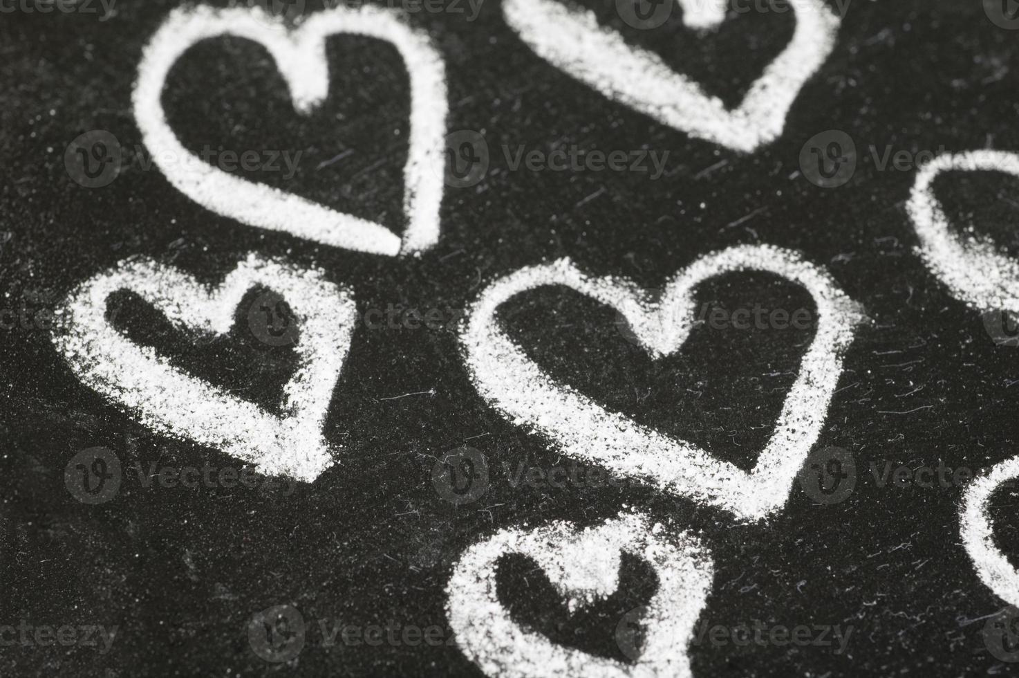 corazones en pizarra foto