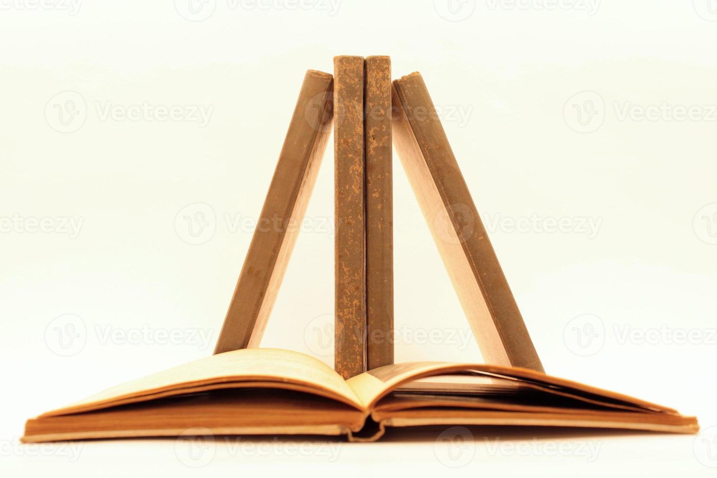 Books in equilibrium photo