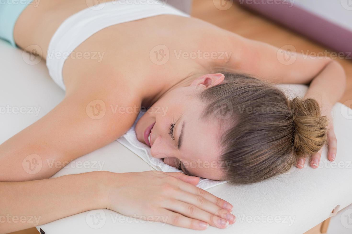paciente durmiendo en la cama foto