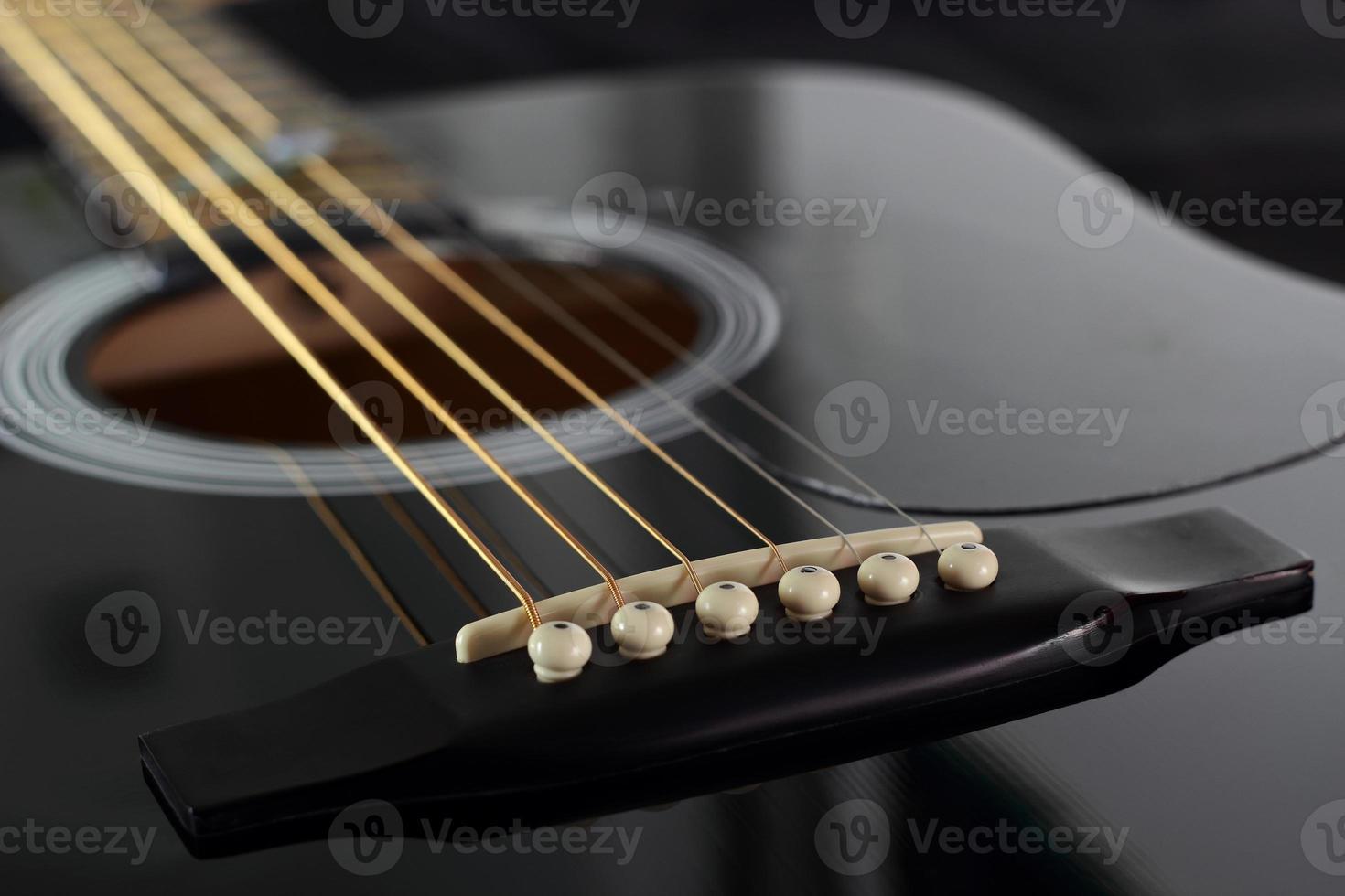Chevalet de guitare acoustique photo