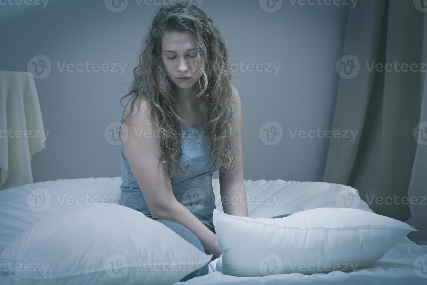 niña con depresión grave foto
