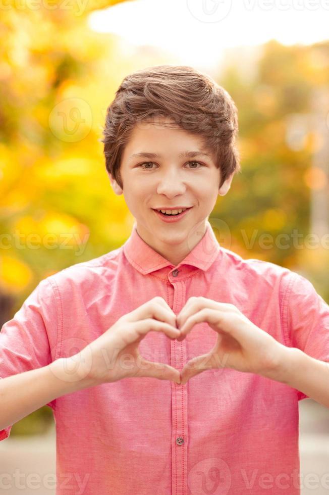 chico adolescente gracioso foto