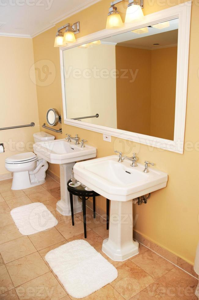 baño elegante foto