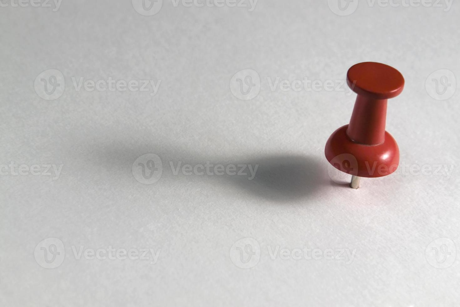red pin photo