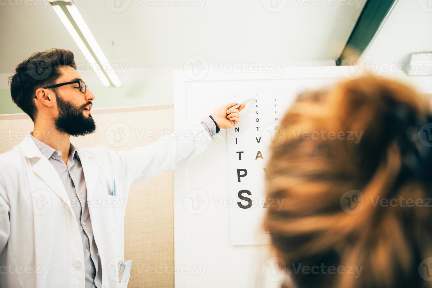óptico medico foto