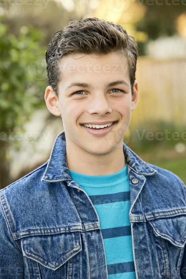 adolescente sonriente foto
