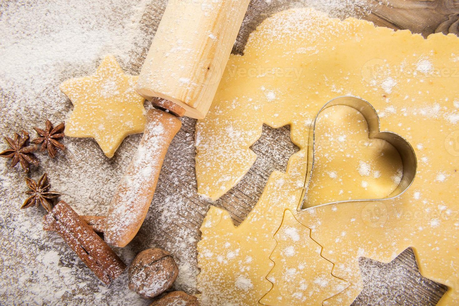 hornear navidad, galletas, rodillo, especias foto
