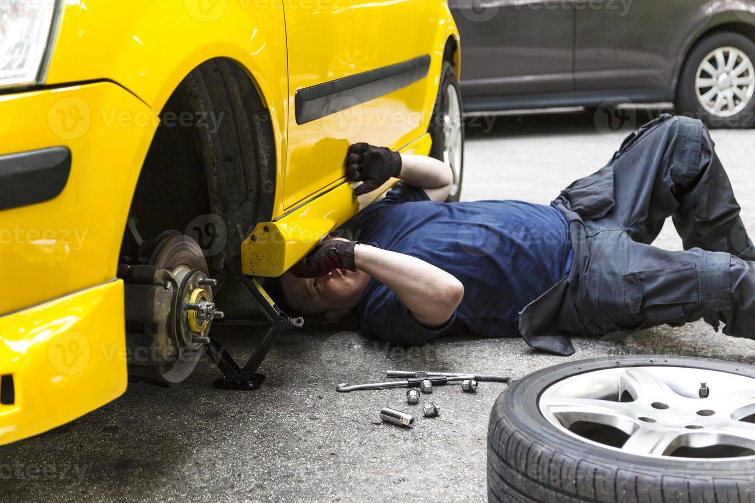 Repairing Car photo