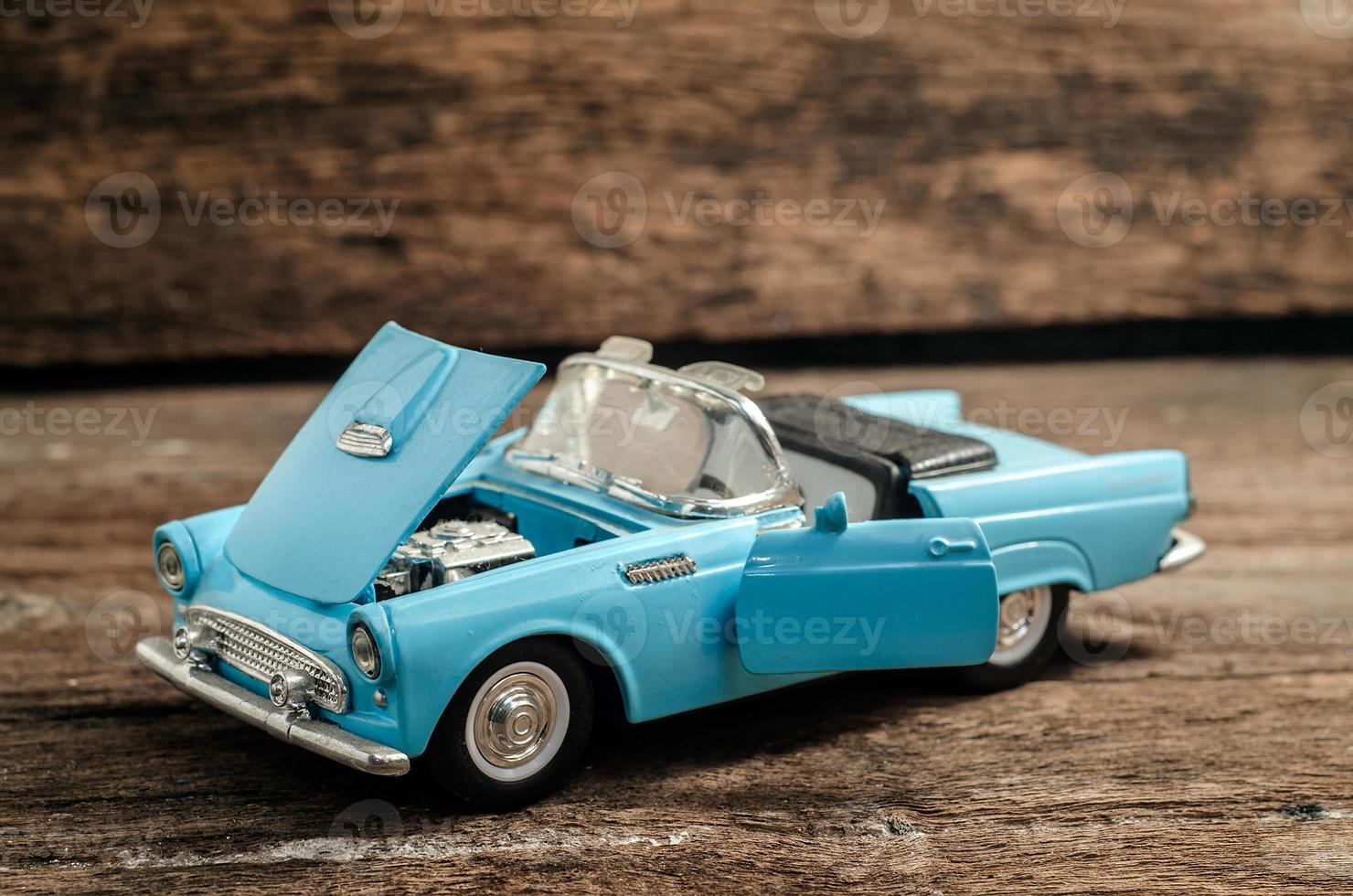 coche de juguete foto