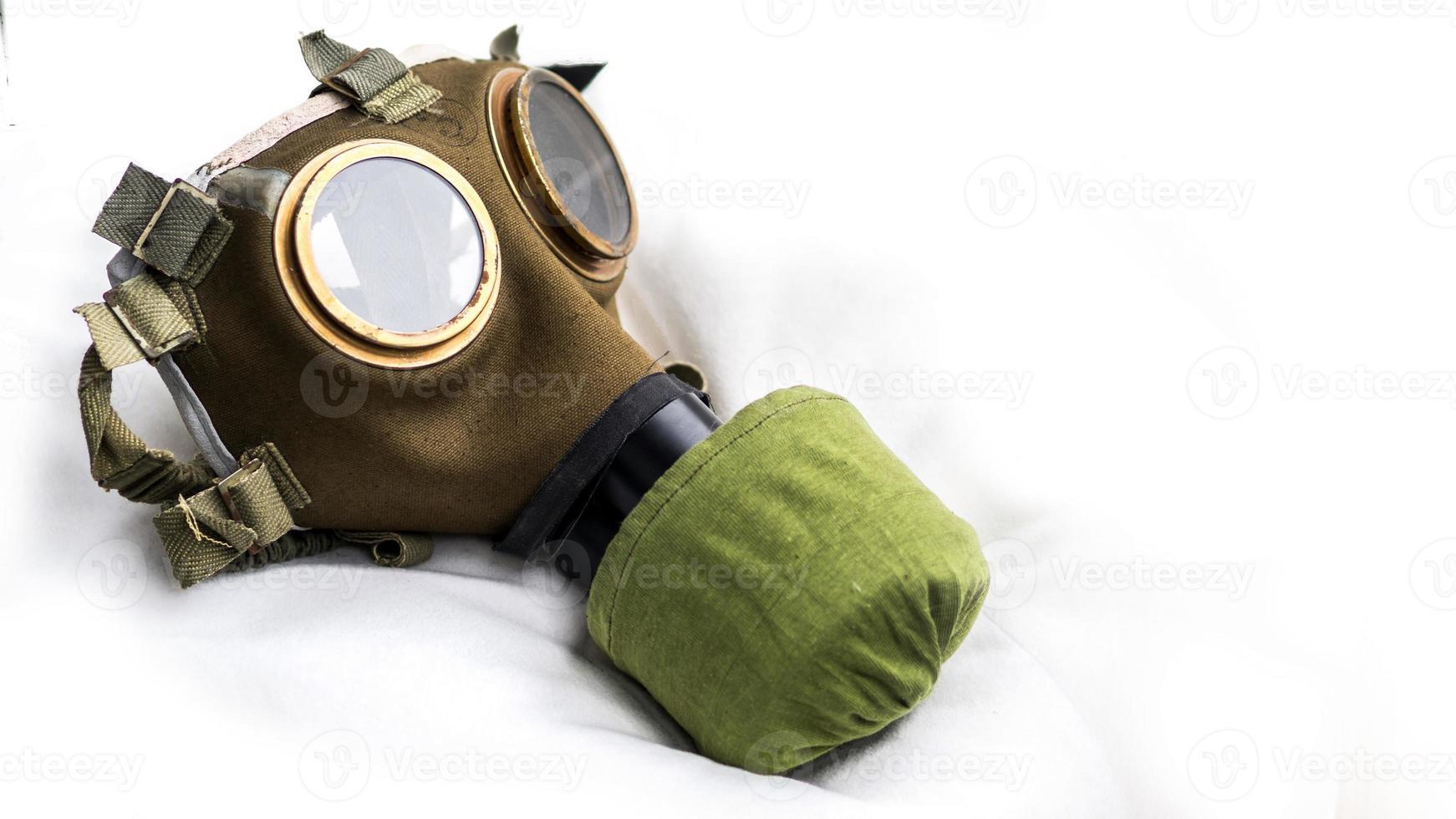 máscara de gas húngara m76 con filtro nbc foto