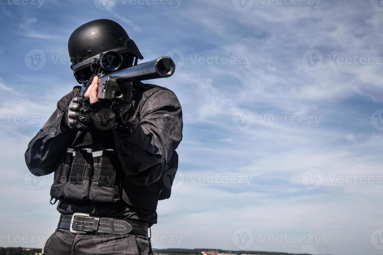 francotirador de la policía SWAT foto