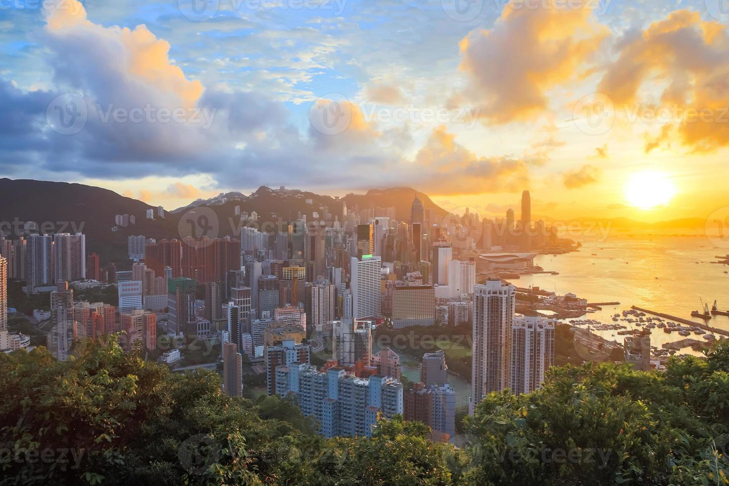 HDR: Sunset in hong kong city Skyline photo