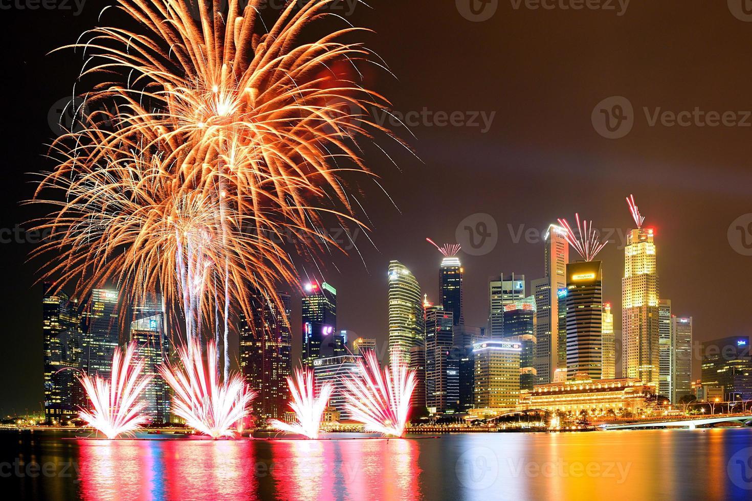 fuegos artificiales en singapur foto