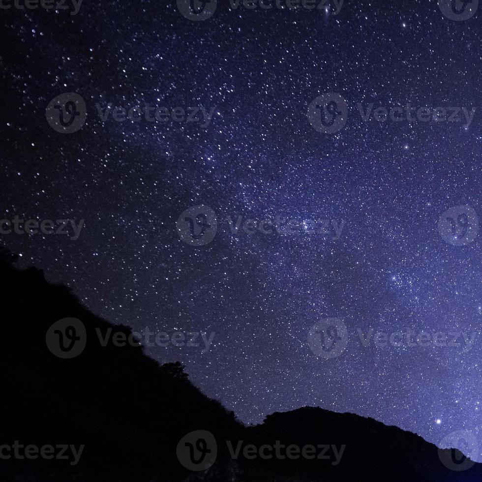 cielo nocturno con estrellas foto