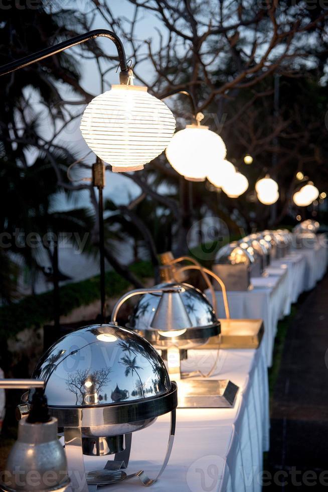 comida buffet para eventos al aire libre foto