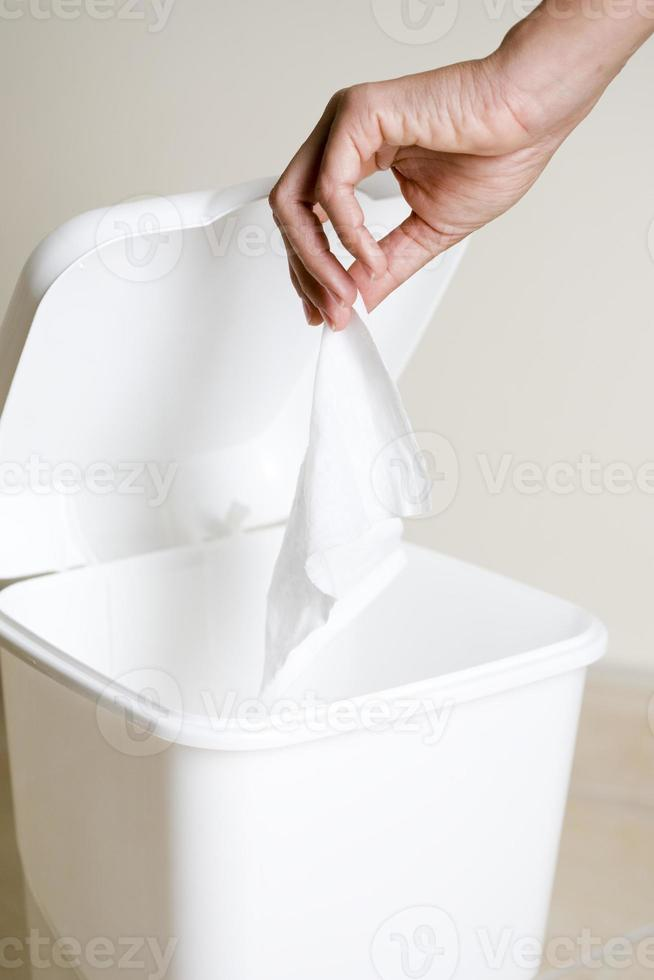 Throw the tissue photo