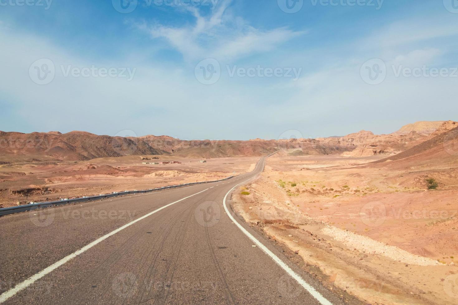 camino del desierto foto