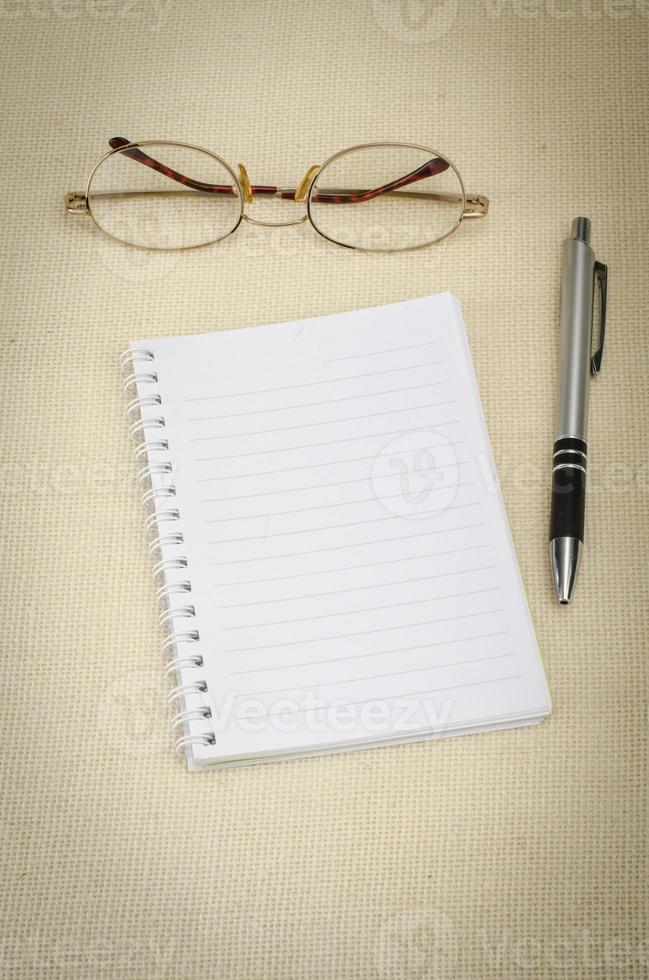 caderno em branco foto
