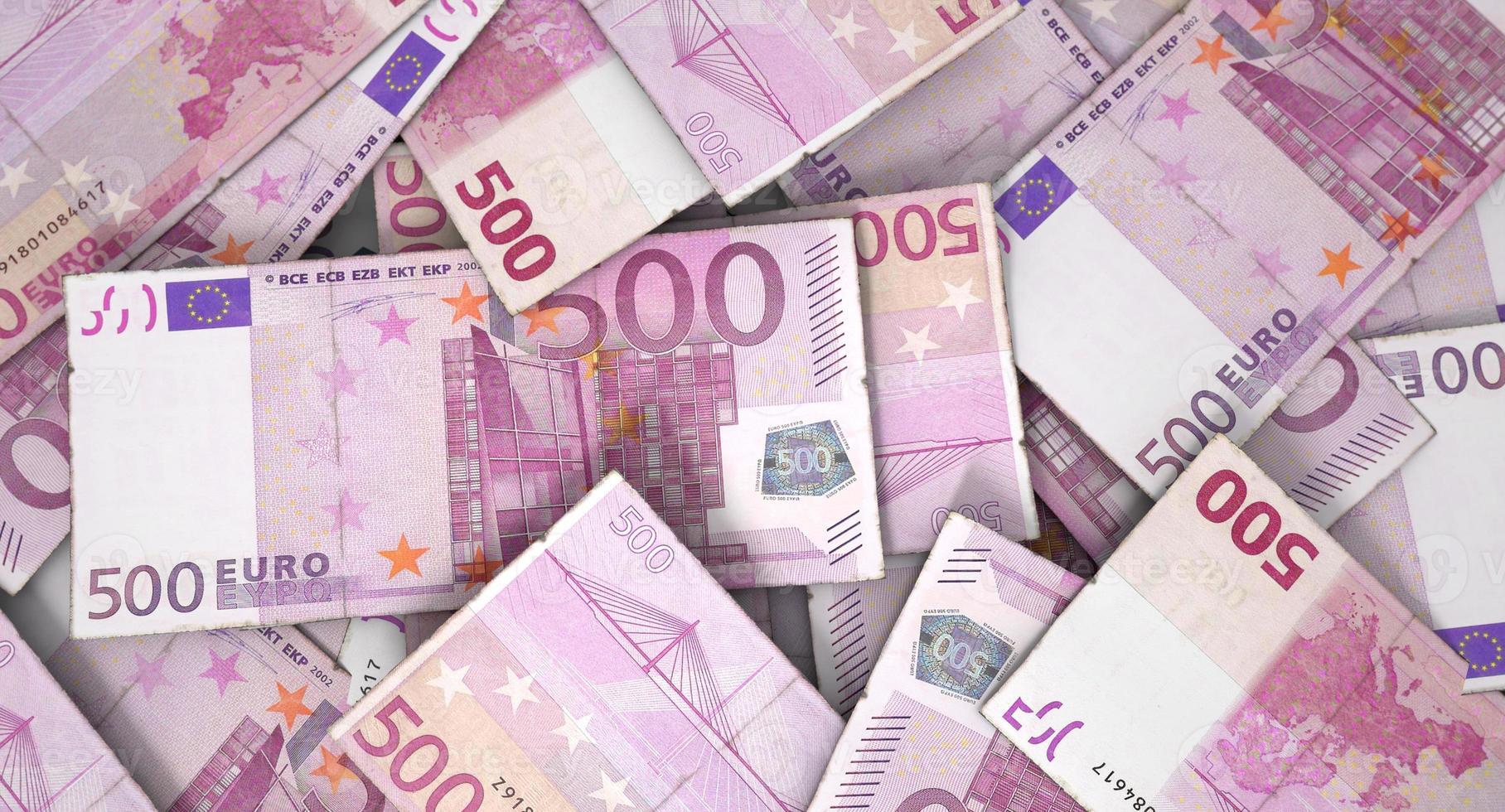 pila de billetes dispersos foto