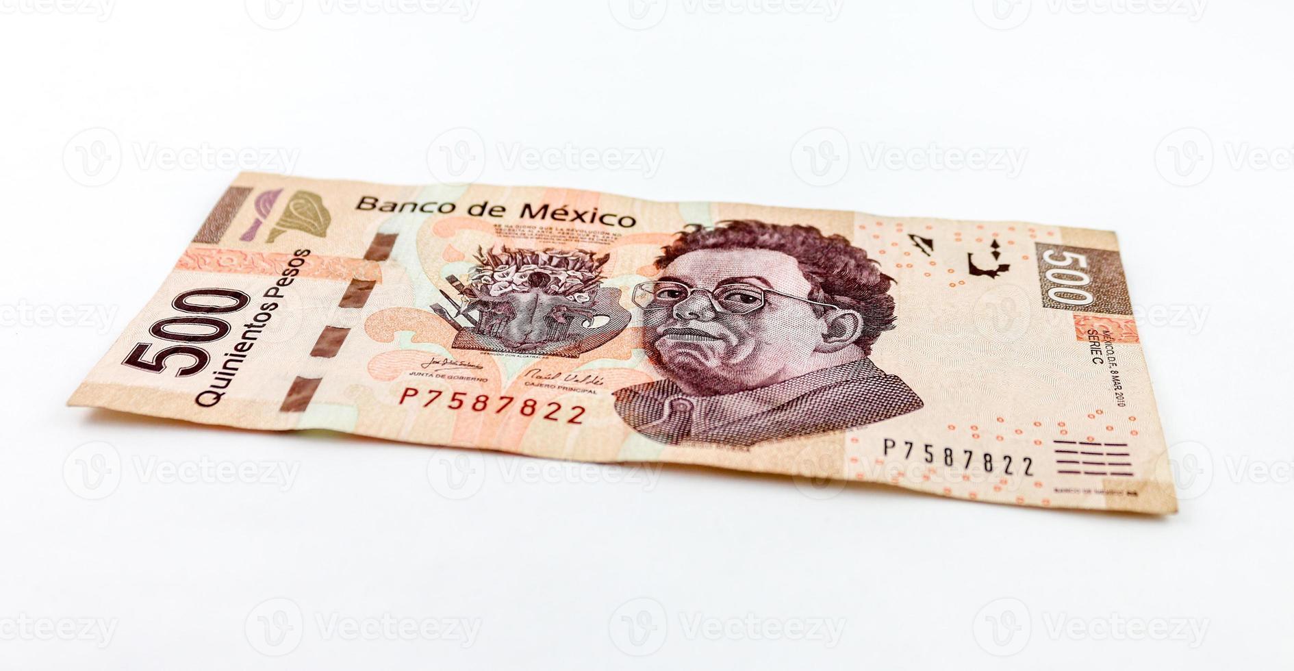 quinientos pesos foto