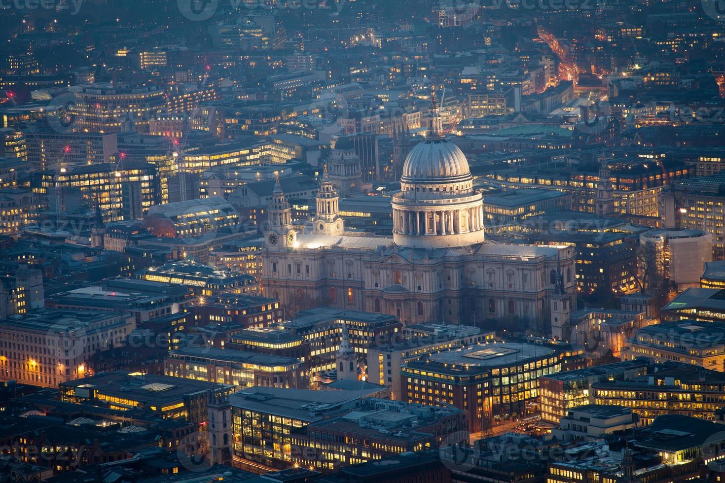 vista superior de st. Catedral de Pablo, Londres, Inglaterra, Reino Unido. foto