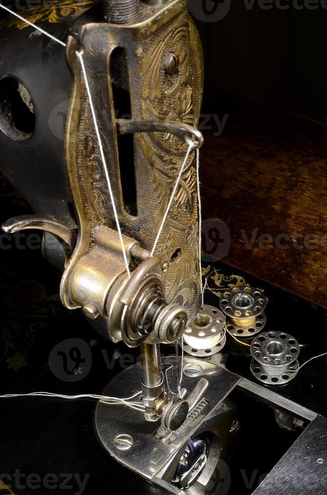 máquina de coser vintage foto