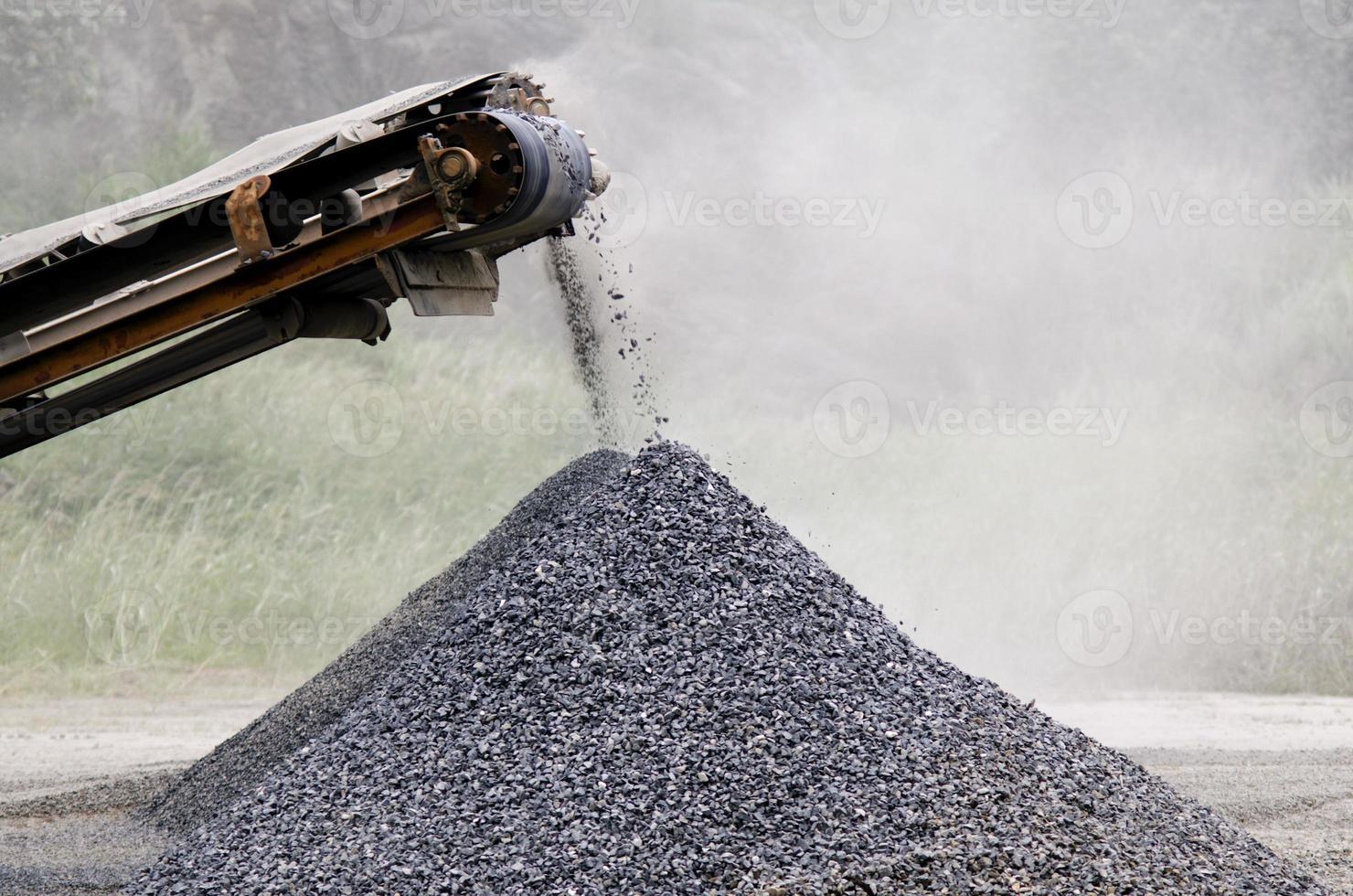 Gravel machine photo