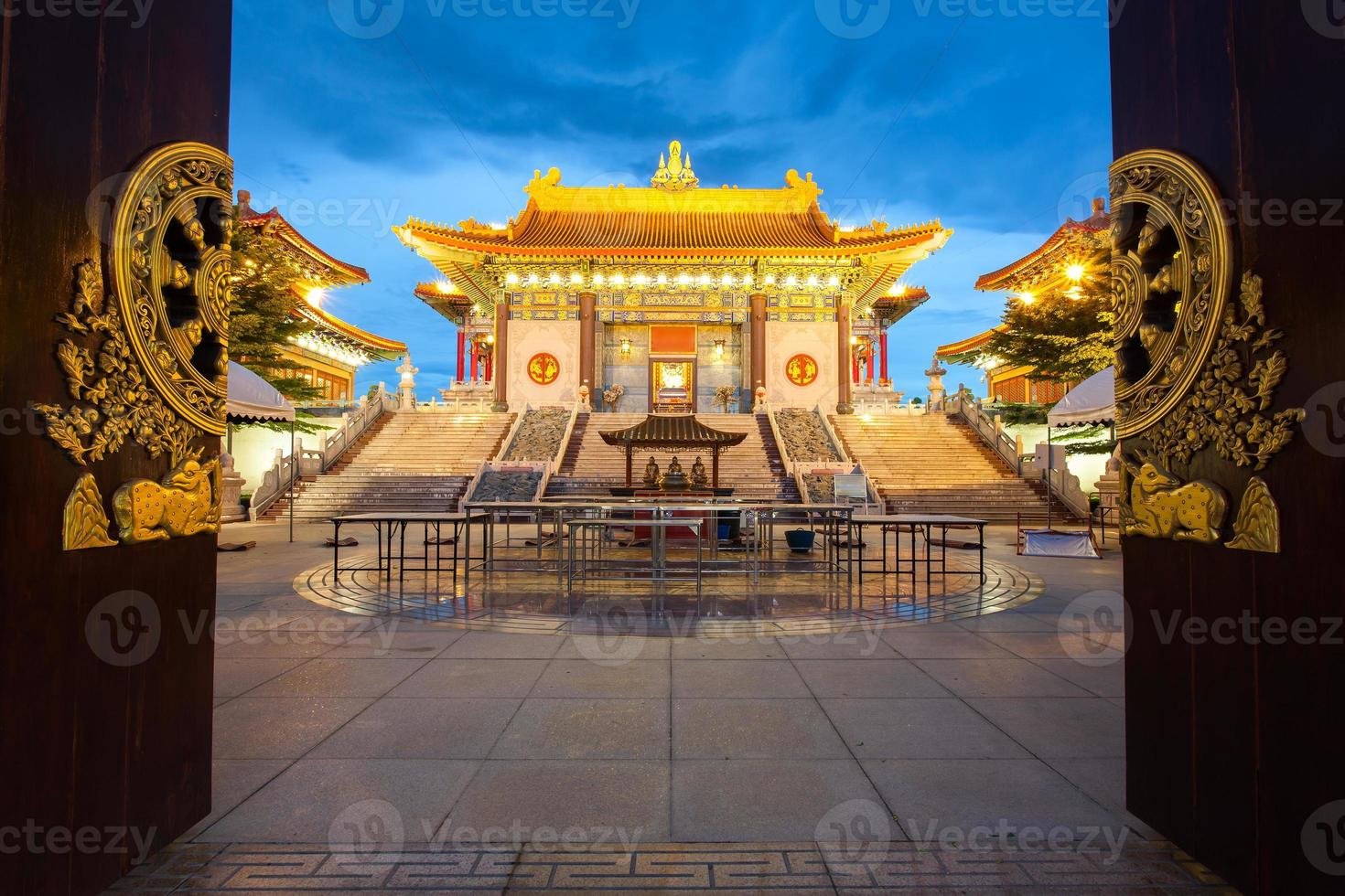 Chinese Temple at dusk, Dragon Temple photo