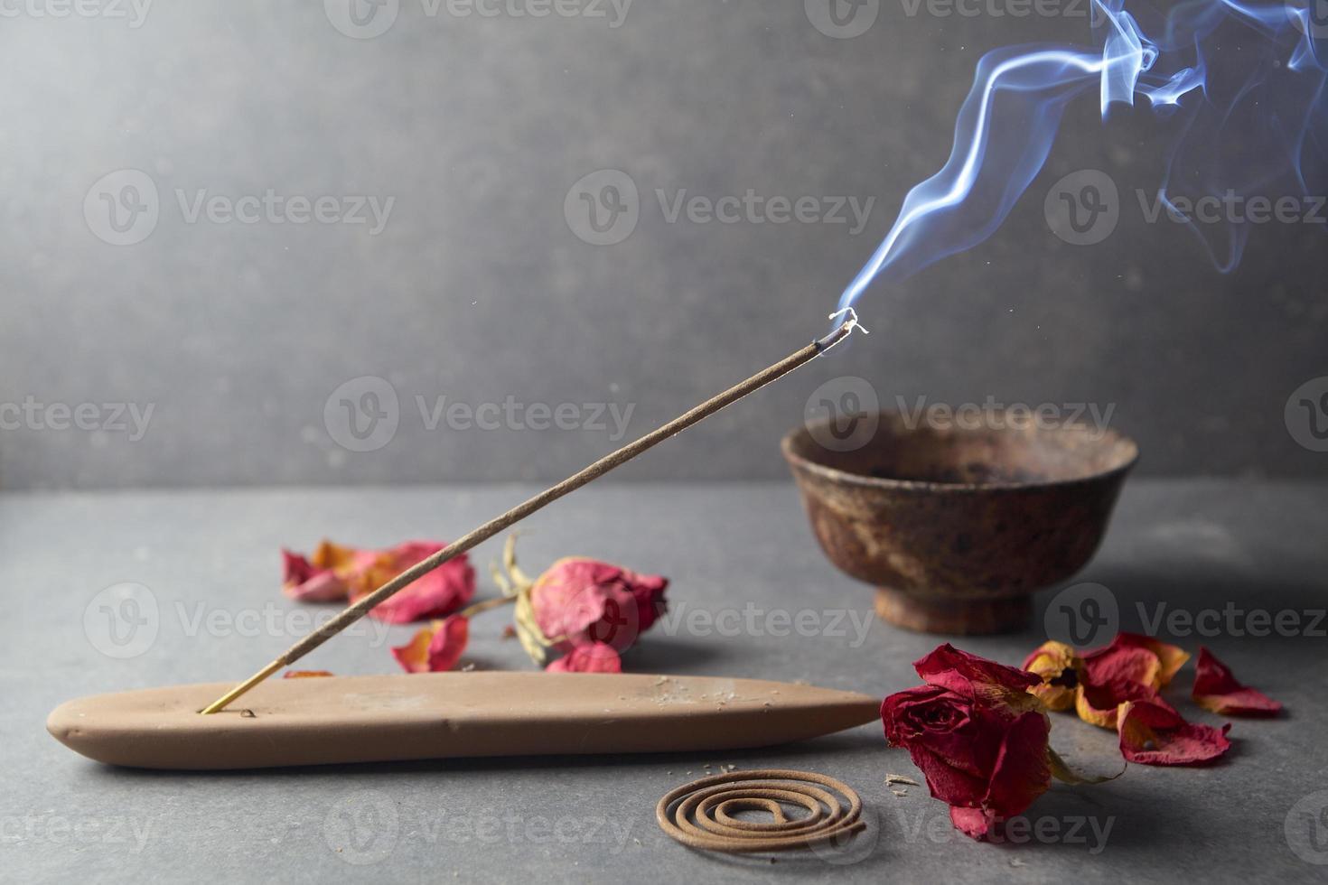 incienso. aromaterapia foto