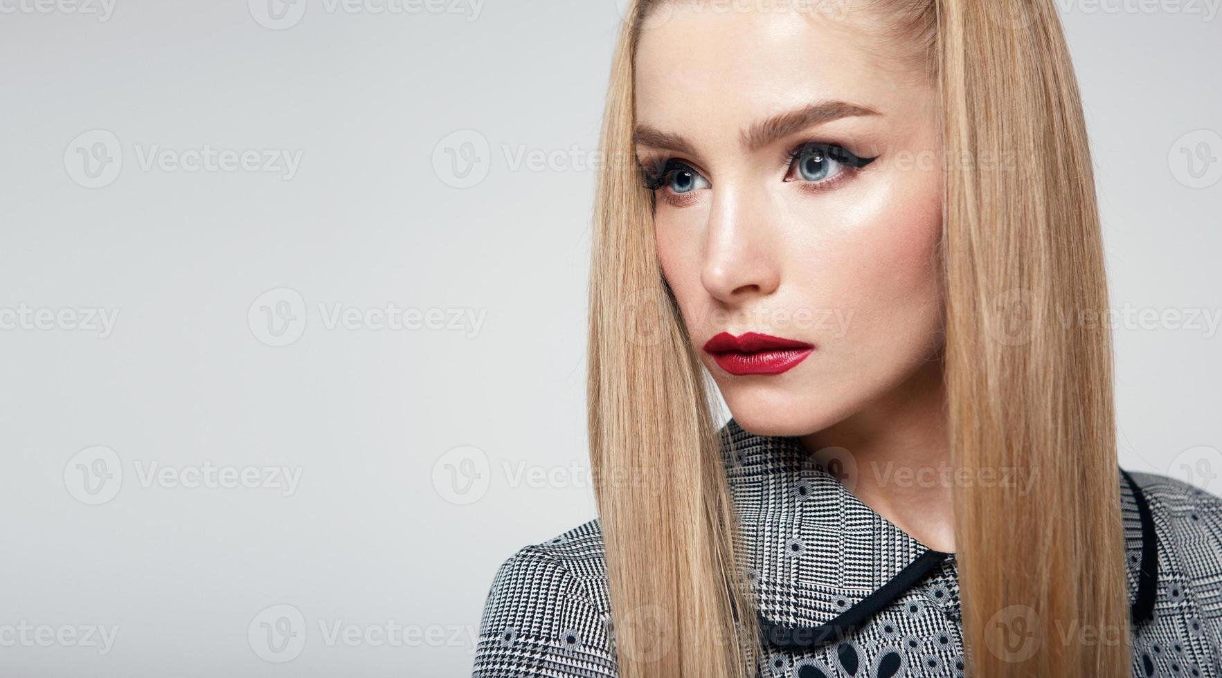 Beauty woman with red lips photo