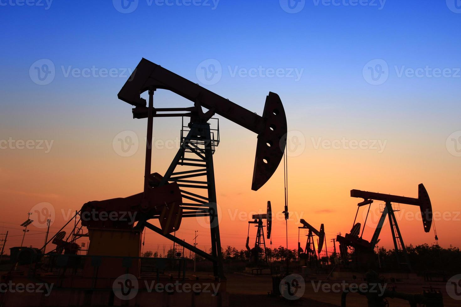 The oil pump photo