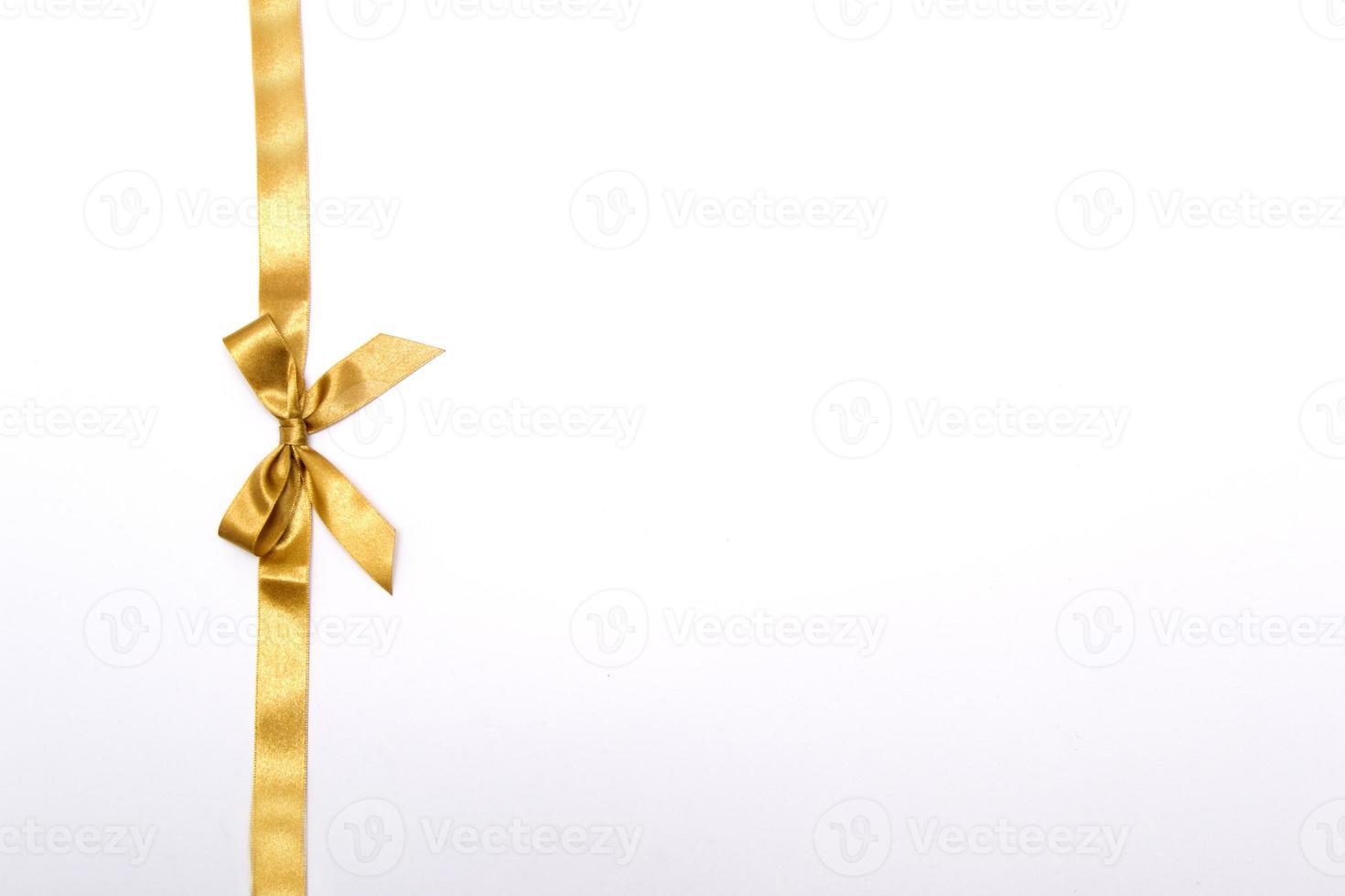 cinta de navidad sobre fondo blanco foto