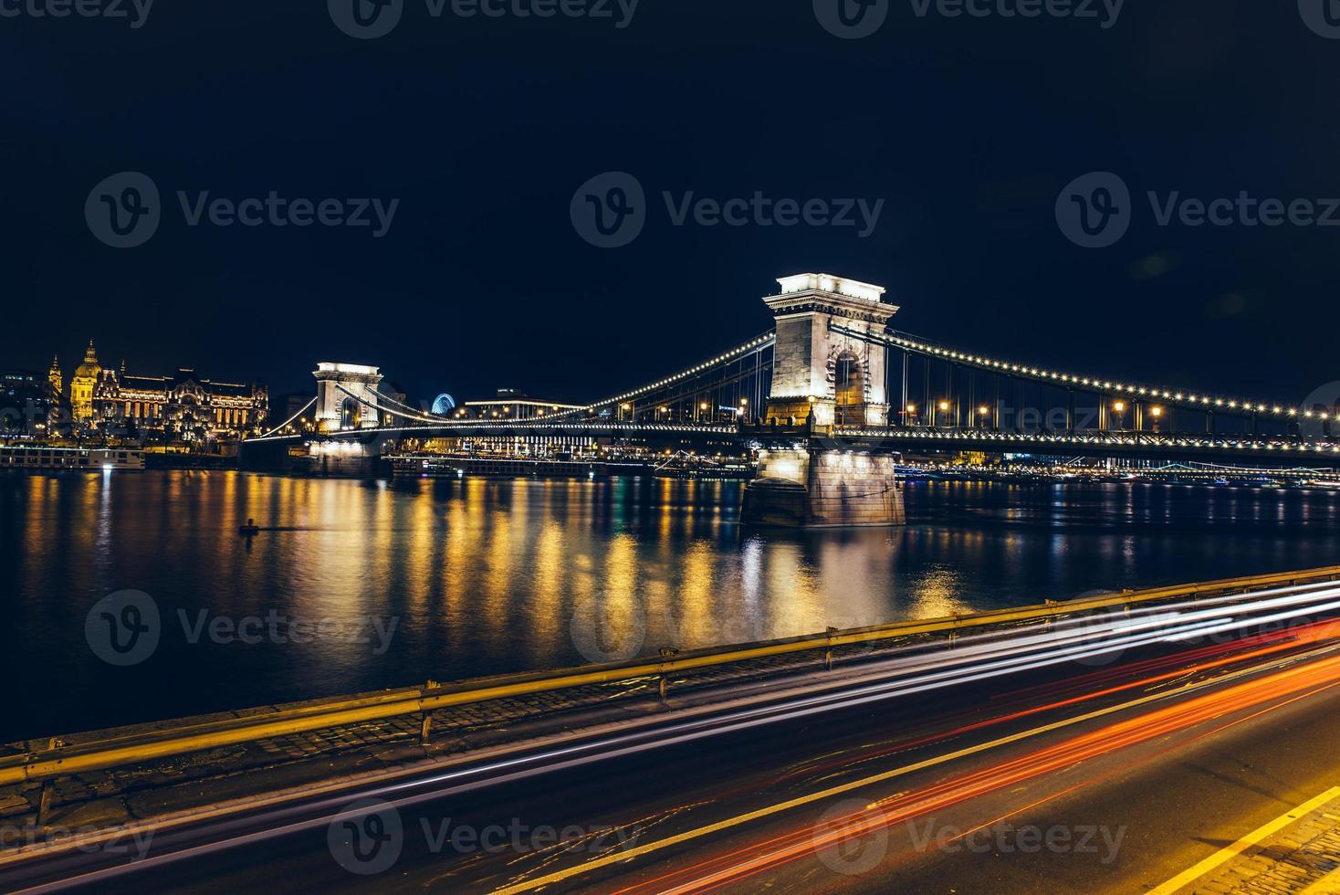 puente de cadena foto