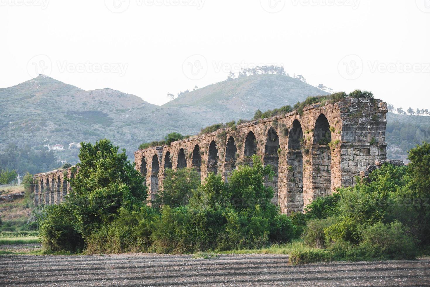 Aqueduct photo