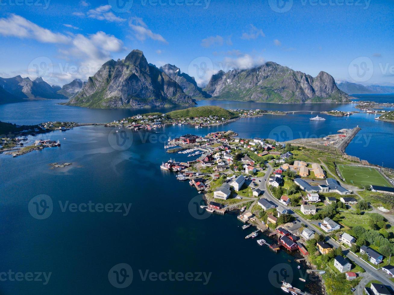Reine escénico en Noruega foto