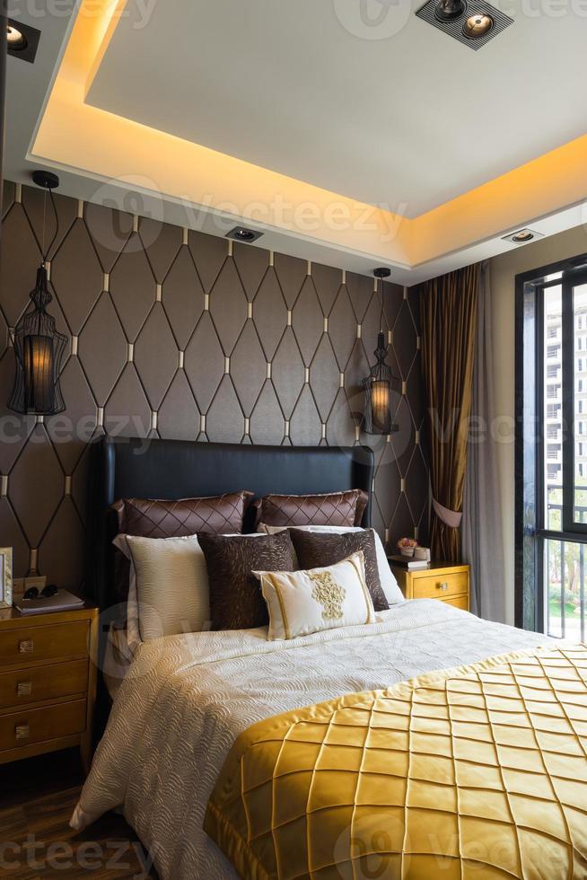 dormitorio de lujo foto