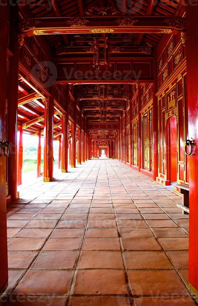 pasillo rojo de la ciudad imperial foto