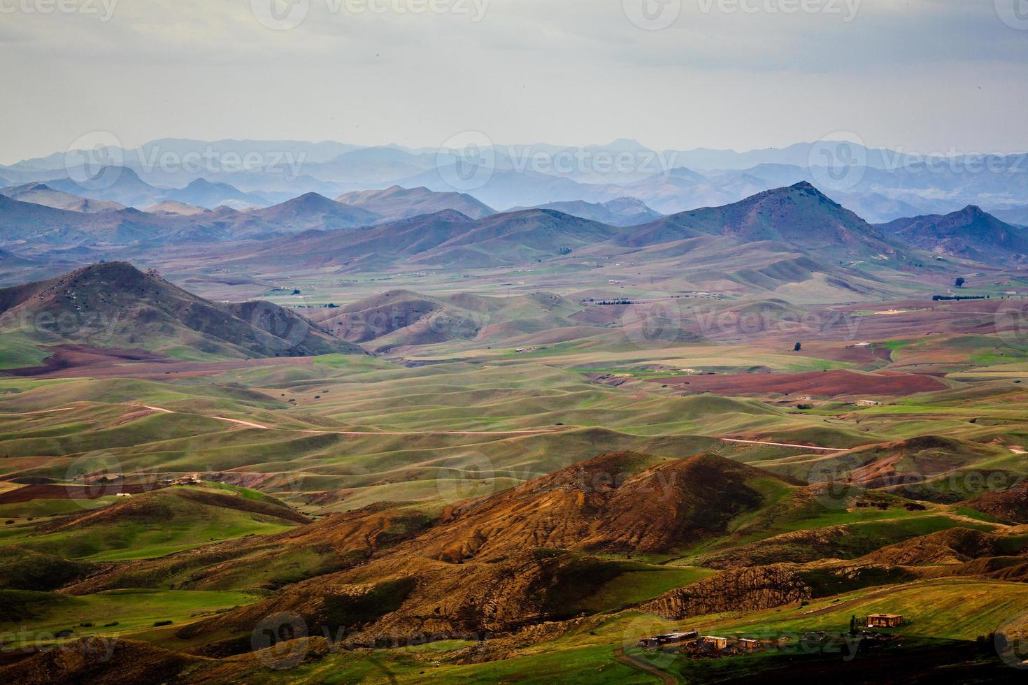 vista de la distancia de montaña foto