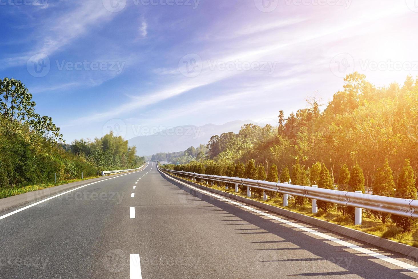 carretera de nueva construcción foto