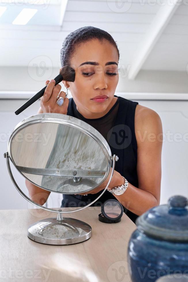 mujer de negocios de maquillaje foto
