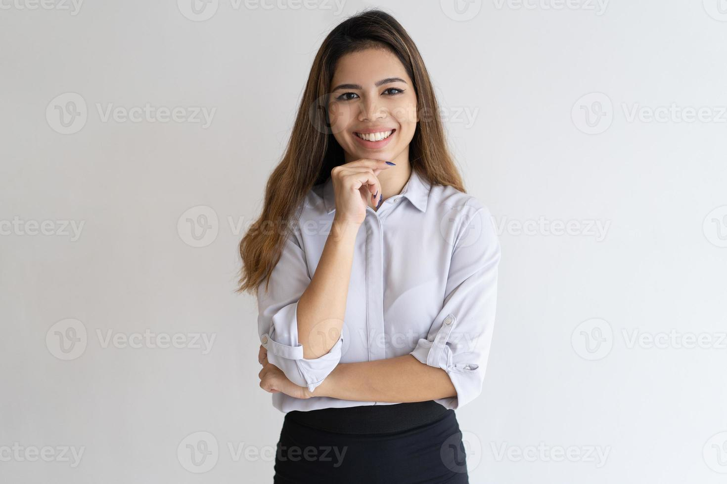 Retrato profesional joven exitoso alegre foto