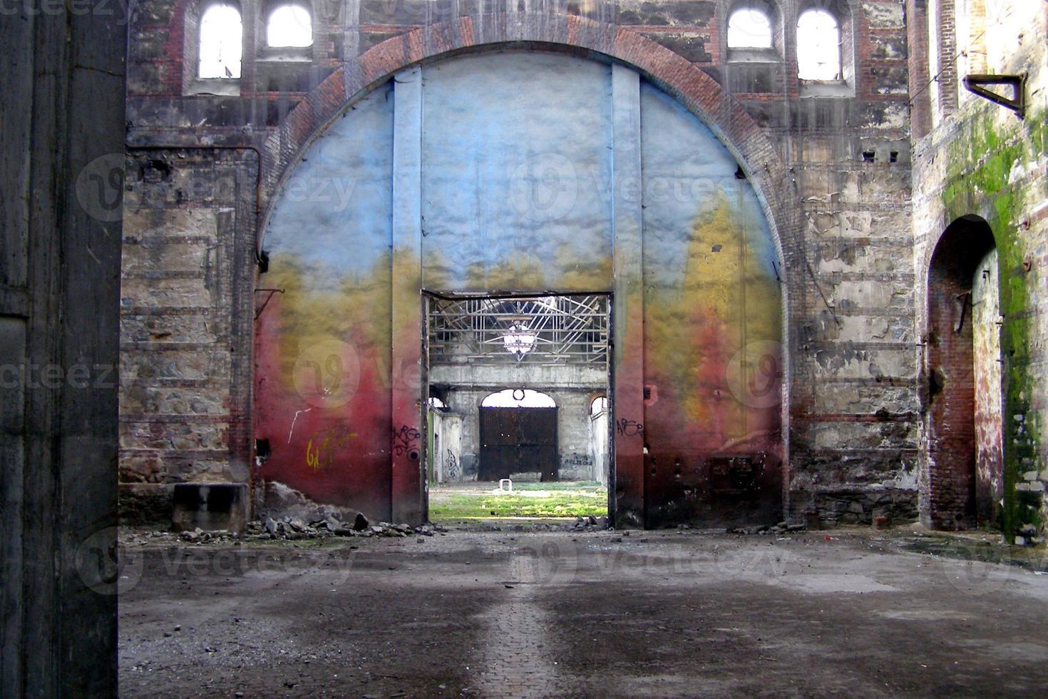 fábrica abandonada foto