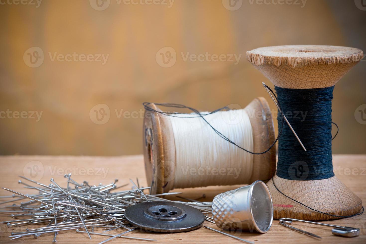 two spools of thread photo