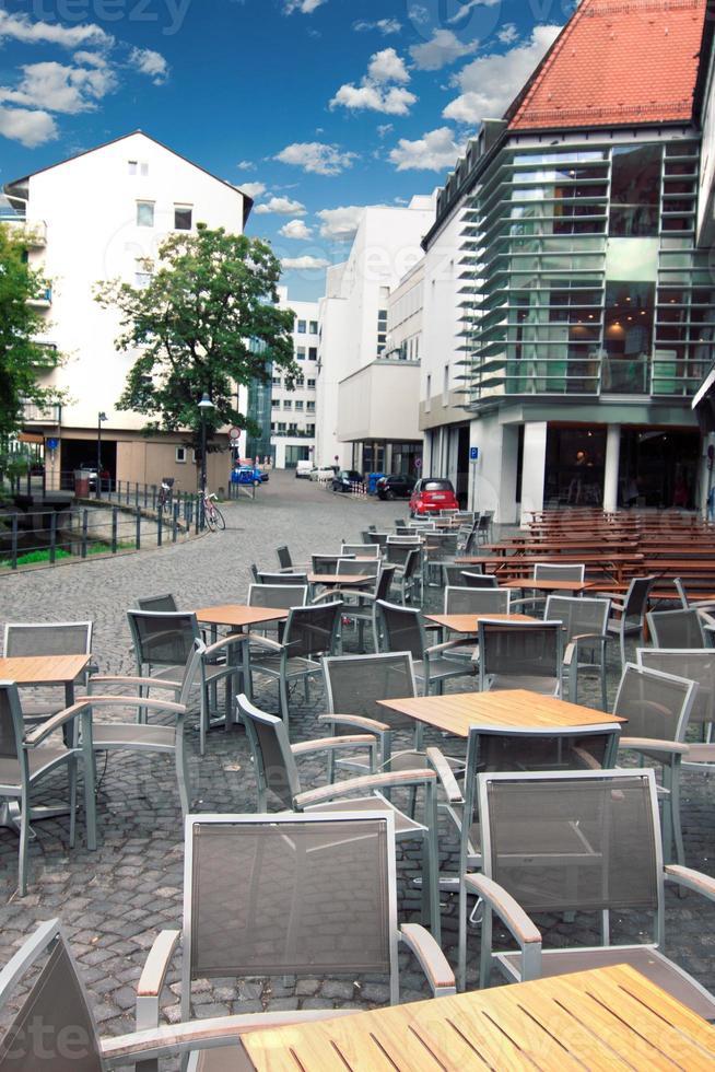 Jardín de la cerveza al aire libre en Ulm, Alemania foto