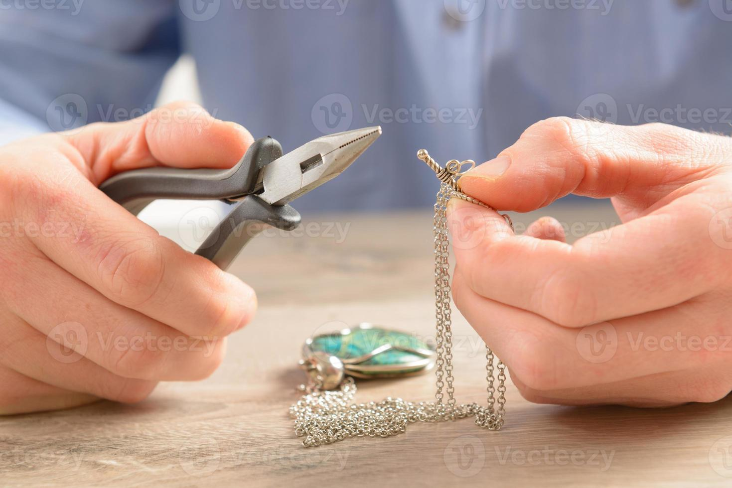 Creating or fixing jewelry photo